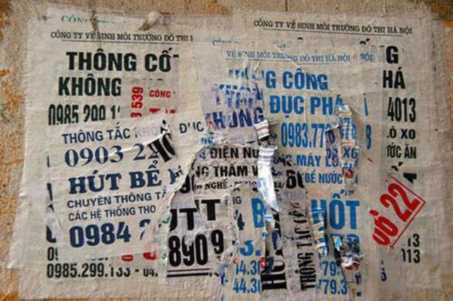 quảng cáo dán tường tràn lan tại long an